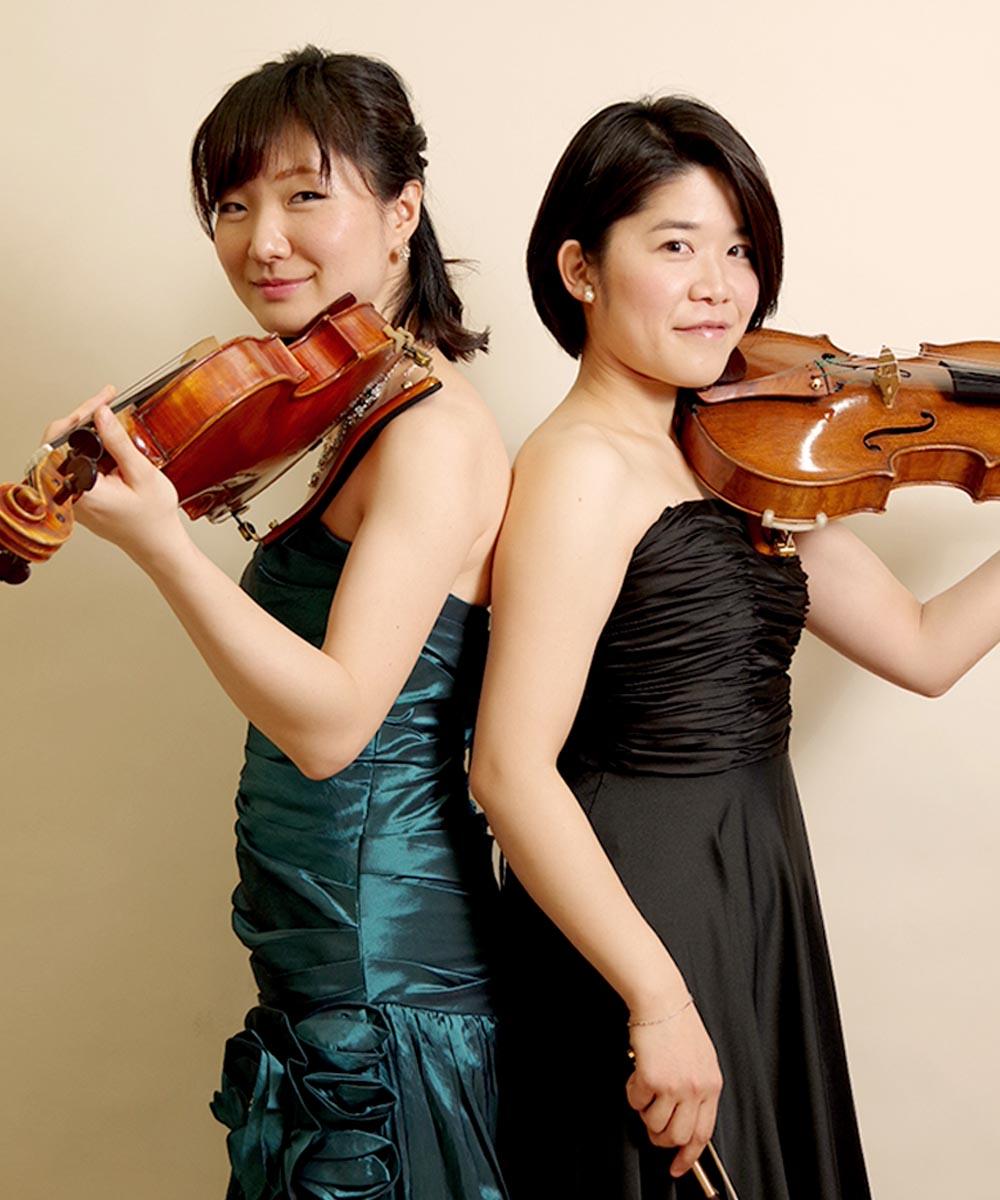 二人のバイオリン奏者のお客様の宣材写真