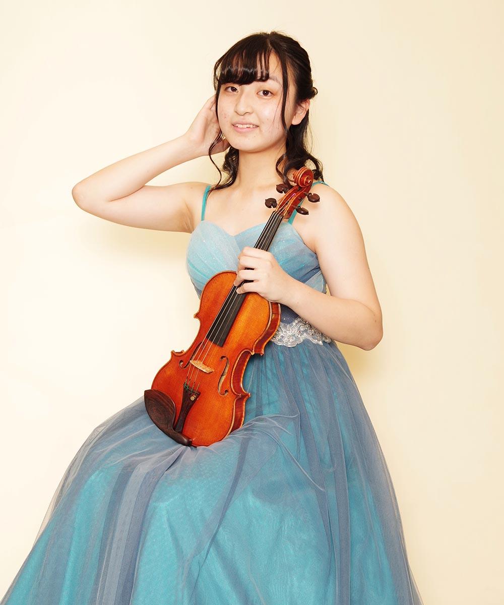 フレッシュなバイオリニストの学生さんのプロフィール写真撮影
